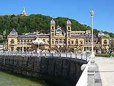 Image of the City Hall in San Sebastian
