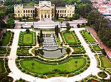Photograph of the Museo do Iparanga and adjacent formal gardens