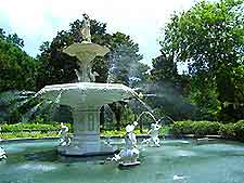 Photo of the fountains in Forsyth Park