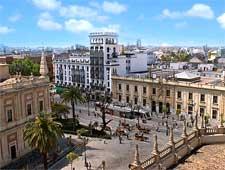 Photo of the Avenida de la Constitucion, taken by Anual