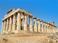 Picture of the Greek Temple of Hera at the archaeological site of Selinunte, by AdiJapan