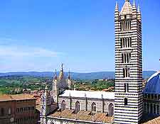 Picture of the Duomo and skyline