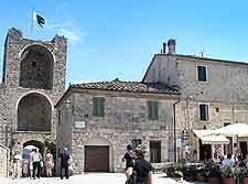 Photograph of Monteriggioni town