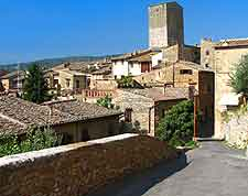 Picture of the Tuscan town of San Gimignano