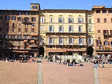 Different view of the centrally Piazza del Campo