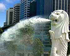 Close-up photo of the city's famous Merlion fountain