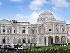 Picture showing the National Museum on Stamford Road, Singapore City