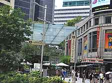 Photo of shopping along Orchard Road, Singapore City