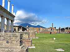 Photo showing the remains of a temple in Pompeii, Italy