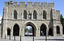 Southampton Airport (SOU) Information: Photo of the historical Bargate