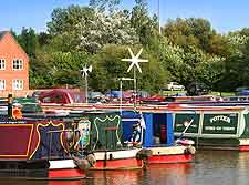 Picture of narrow boats on the Trent and Mersey Canal