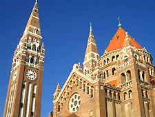 Photo of the city's iconic cathedral (Votive Church)