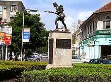 Askari Monument photograph