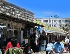 Picture of shoppers in Dodoma
