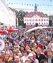 Photo of festival crowds in the city