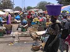Serrekunda Market picture