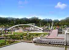 Picture of the detailed models at Madurodam