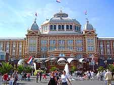 Different view of the Kurhaus hotel
