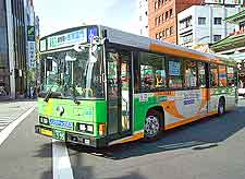 Tokyo Airport (HND) Directions: Photograph of city bus