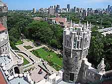 Toronto tourist attractions and sightseeing toronto for 1 austin terrace toronto ontario m5r 1x8 canada