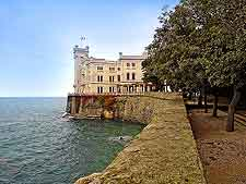 Picture of the Castello di Miramare