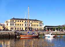 Picture of the waterfront