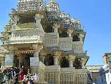 Close-up photo of the Jagdish Temple (Sri Jagadishji Temple)