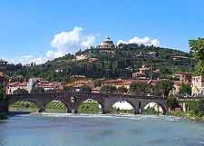 Picture of historic bridge spanning the Adige River