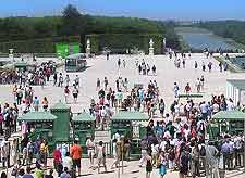 View of summer tourists in the Palace Gardens