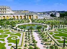 Aerial image of the beautifully landscaped Palace Gardens