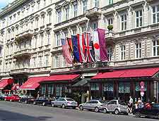 Vienna Airport (VIE) Hotels: Photo of centrally located hotel