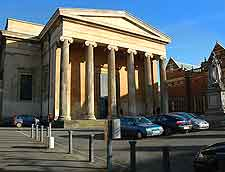 Photo showing the elegant architecture of the Shire Hall