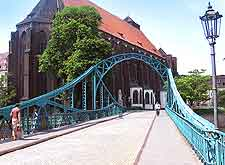 Photo of the Cathedral Bridge