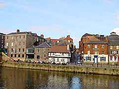 Photo of pubs along the bank of York's River Ouse