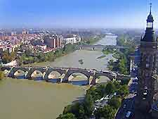 Photo of Zaragoza from the air