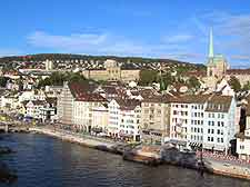Zurich Airport (ZRH) Hotels: Photo of guest houses overlooking the River Limmat